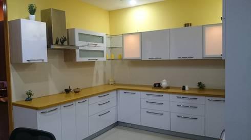 modern Kitchen by Renato Interio Pvt Ltd
