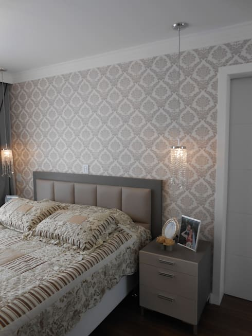 classic Bedroom by Mariana Von Kruger Emme Interiores