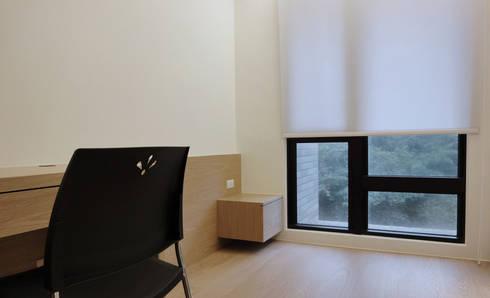 森之丘:  臥室 by AIRS 艾兒斯國際室內裝修有限公司
