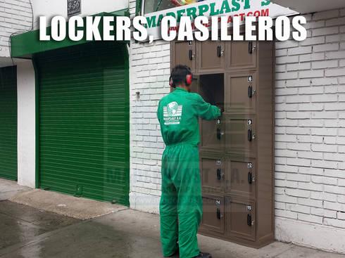 Lockers, Casilleros y Estanterías: Vestidores de estilo clásico por Maderplast S.A.