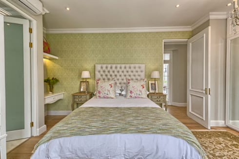 Saffraan Ave: eclectic Bedroom by House Couture Interior Design Studio