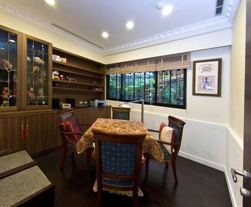 綠意簇擁的新古典宅:  書房/辦公室 by 錠揚設計有限公司