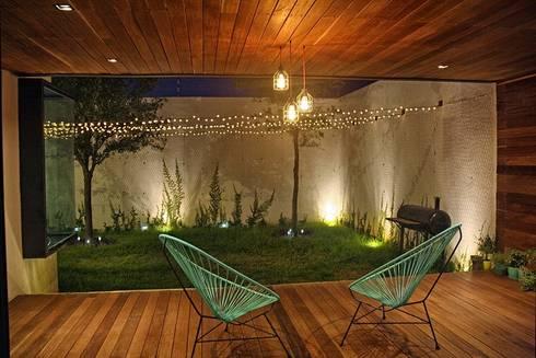 Terraza : Terrazas de estilo  por Narda Davila arquitectura