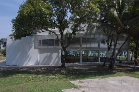 Gimnasio Manzanillo: Gimnasios  de estilo  por Contextual Estudio