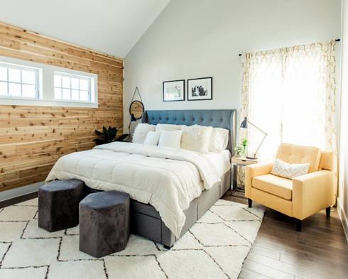 Urban Retreat: modern Bedroom by Brett Nicole Interiors