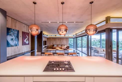 Umhlanga house 7: modern Houses by bloc architects