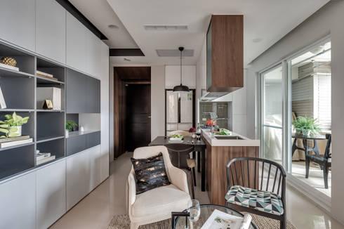 微型日光宅/C Residence Treasure Apartment:  餐廳 by 爾聲空間設計有限公司