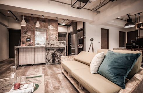 竹東 PC House:  客廳 by 丰墨設計   Formo design studio