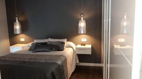 Dormitorio Principal: Recámaras de estilo moderno por Ana Benítez Estudio de Interiorismo
