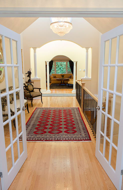Rockcliffe Renovations:  Corridor & hallway by Jane Thompson Architect