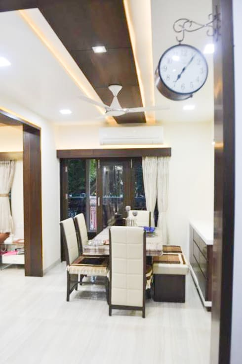 Residence of Mr Mukesh Shah: classic Dining room by Sanchi Shah Interior Designer