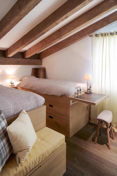غرفة نوم تنفيذ Go Interiors GmbH