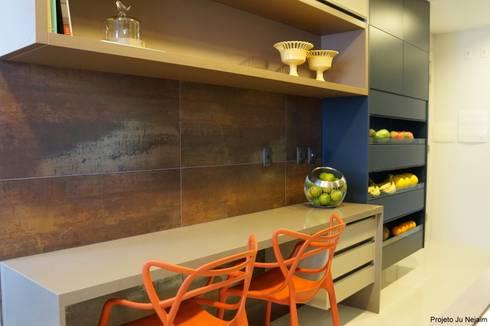 tropical Kitchen by Ju Nejaim Arquitetura