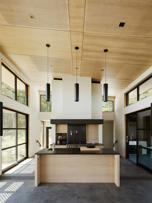 Healdsburg I:  Kitchen by Feldman Architecture