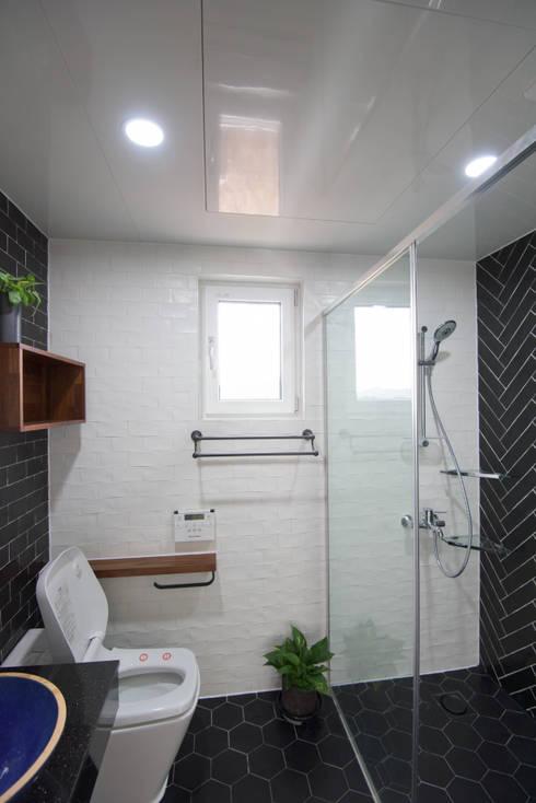 Phòng tắm by 건축사사무소 재귀당