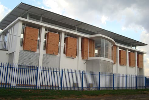 EDENGLEN PRIMARY RESOURCE CENTRE:  Schools by Architects Of Justice