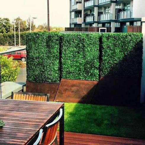 Artificial boxwood in planter:  Corridor, hallway by Sunwing Industries Ltd