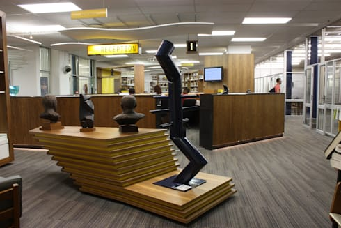 WITS HEALTH SCIENCES LIBRARY RECEPTION:  Artwork by Architects Of Justice