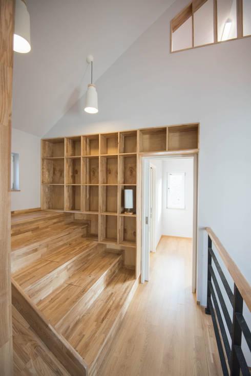 Ruang Kerja by 건축사사무소 재귀당