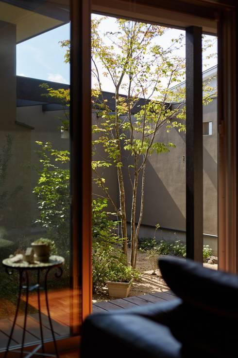 WABI: stage Y's 一級建築士事務所が手掛けた庭です。