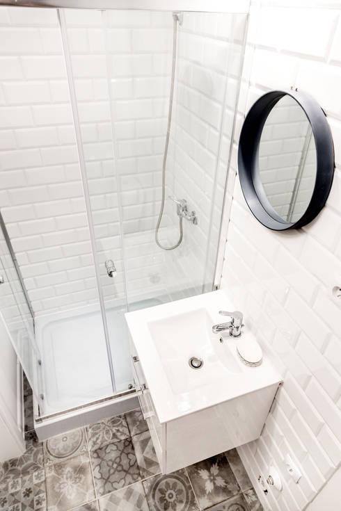 Ванные комнаты в . Автор – Pasja Do Wnętrz