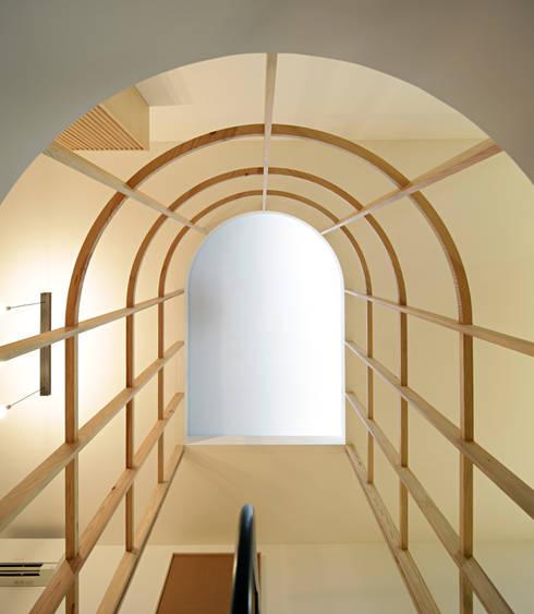 On-Rope: Escritórios e Espaços de trabalho  por Gabriela Pinto Arquitetura