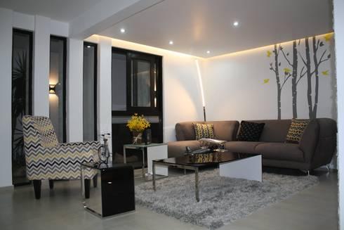 Interiores Zenteno: Salas de estilo minimalista por MÈNDEZ arquitectos
