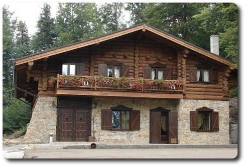 Casas 2 plantas de soluciones ecologicas vidanatural homify - Fachadas rusticas de piedra y madera ...
