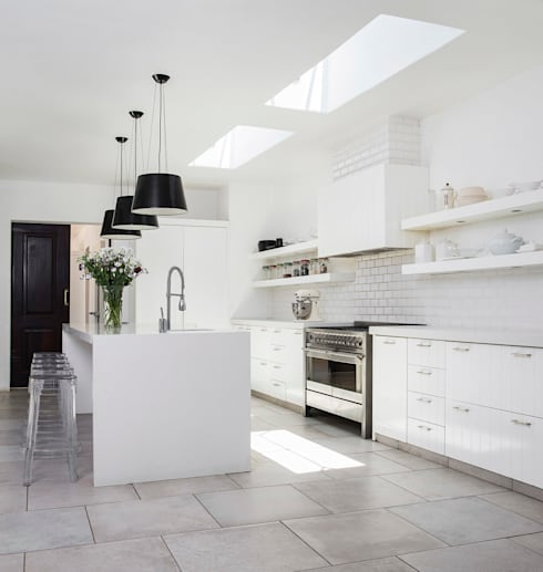 Chefs Kitchen:  Kitchen by W Cubed Interior Design