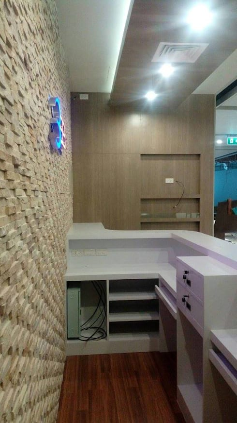 3BB SHOP The Mall Bluport Hauhin:  Commercial Spaces by PKK group