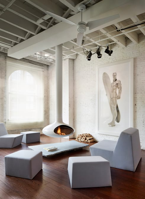 Soho Penthouse:  Living room by SA-DA Architecture