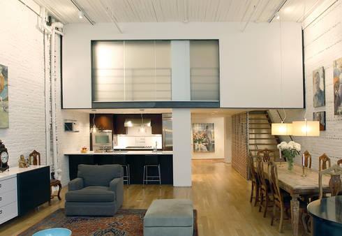 Peabody Loft and Studio: modern Living room by SA-DA Architecture