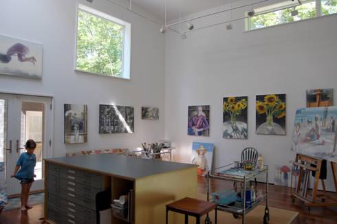 Lansbury Residence: modern Study/office by SA-DA Architecture