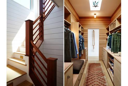 Old Montauk Highway House:  Corridor & hallway by SA-DA Architecture
