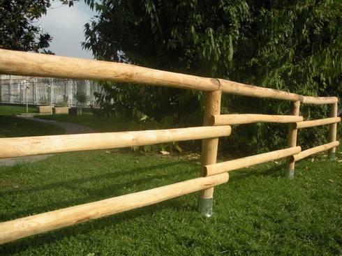 Staccionate e recinzioni in legno massiccio di onlywood homify - Staccionate in legno per giardino ...