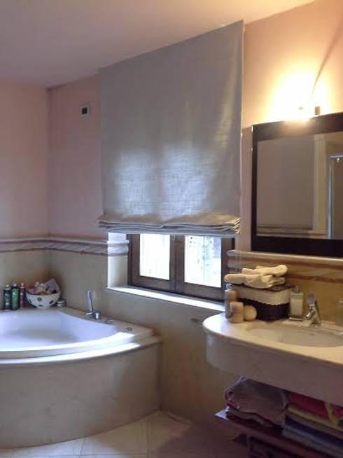 bagno moderno, contemporaneo: Bagno in stile  di zinesi design
