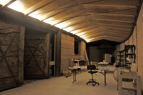 Casa Estudio Sabinos - Juan Carlos Loyo Arquitectura: Comedores de estilo moderno por Juan Carlos Loyo Arquitectura