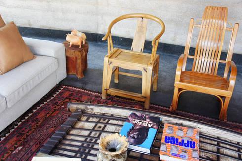 Casa Estudio Sabinos - Juan Carlos Loyo Arquitectura: Salas de estilo moderno por Juan Carlos Loyo Arquitectura