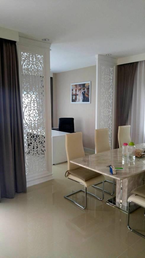 ออกแบบและตกแต่งภายใน คุณไหม คุณแทน โครงการดิเอสตรีม.:   by Thaiboon design.