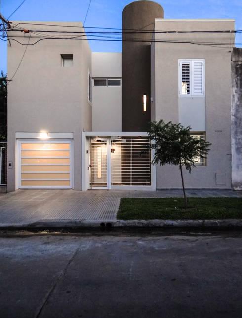Casa SC - REFORMA:  de estilo  por D'ODORICO OFICINA DE ARQUITECTURA
