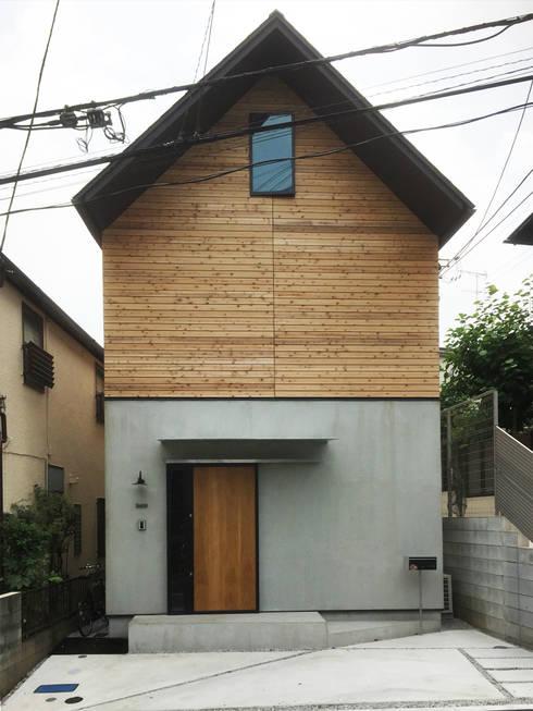 外観: すわ製作所が手掛けた家です。