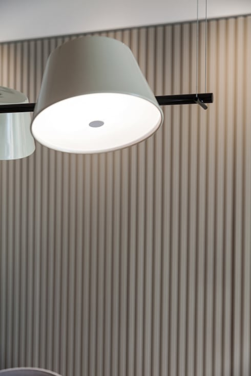 minimalistic Dining room by arctitudesign
