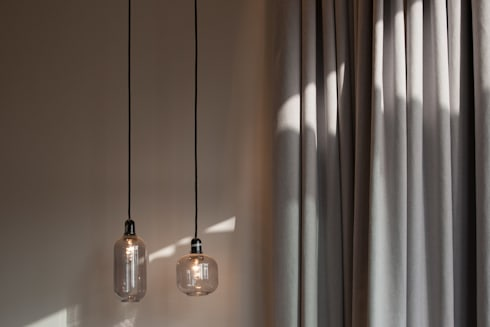 Cute Lightings: minimalistic Bedroom by Sensearchitects Limited