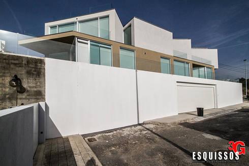 """Casa I+R (em colaboração com o Gabinete """"Esquissos 3G""""): Casas modernas por Ricardo Baptista, Arquitecto"""
