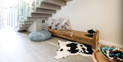 The Sheds Waterfall Estate, Midrand:  Corridor, hallway & stairs  by Melonwoods Indonesian Furniture