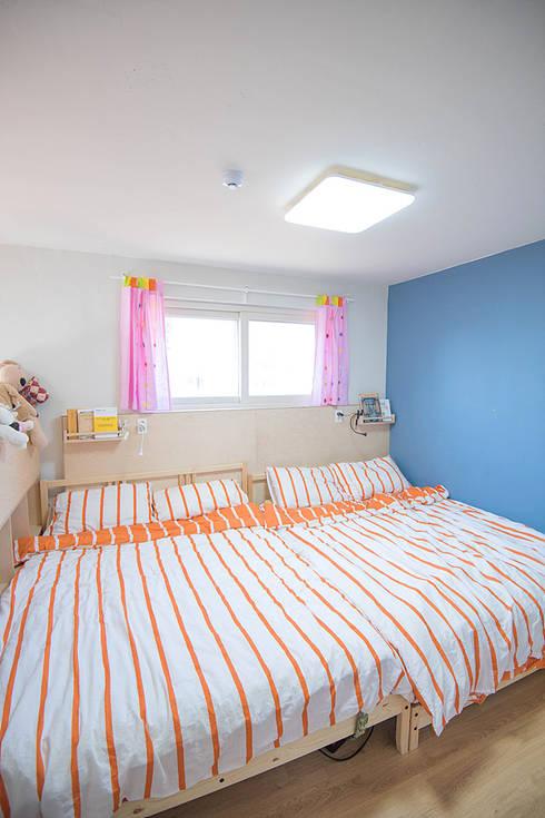 광주 원당리 보리네집: 오파드 건축연구소의  침실