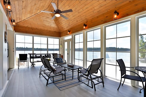 Lake of the woods cottage boat house :  Multimedia room by Unit 7 Architecture