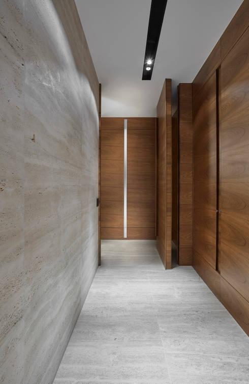 الممر والمدخل تنفيذ Alessandra Contigli Arquitetura e Interiores
