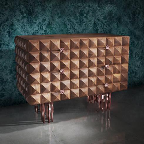 modern Dressing room by Il Pezzo Mancante Srl
