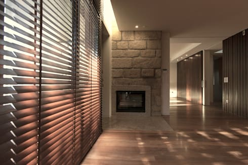1307hfv: Salas de estar modernas por Jj Soares arquiteto